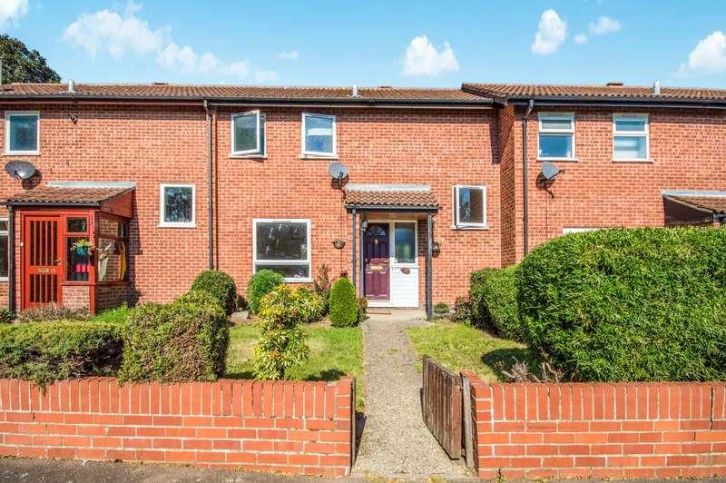3 Bedrooms Terraced House for rent in Keys Drive, Wroxham, Norwich