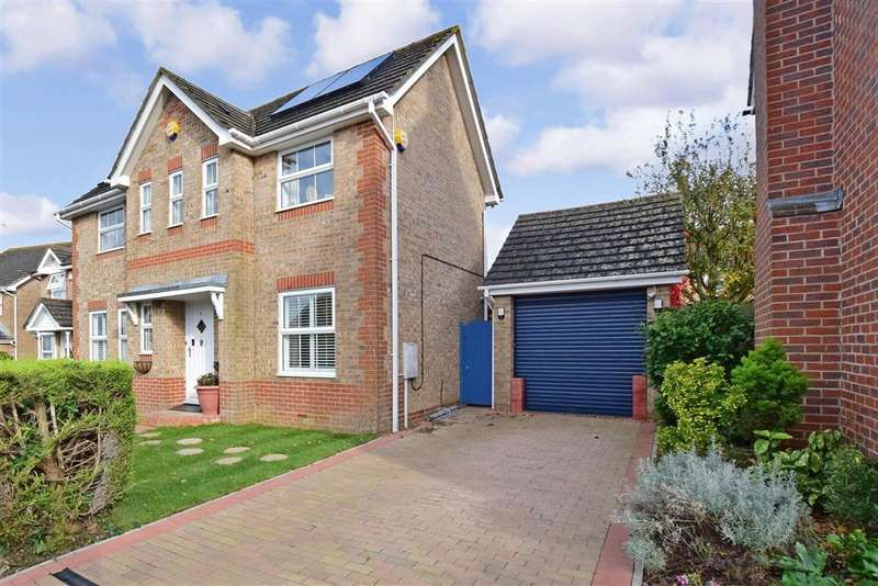 3 Bedrooms Detached House for sale in Valentine Drive, , Burgess Hill, West Sussex