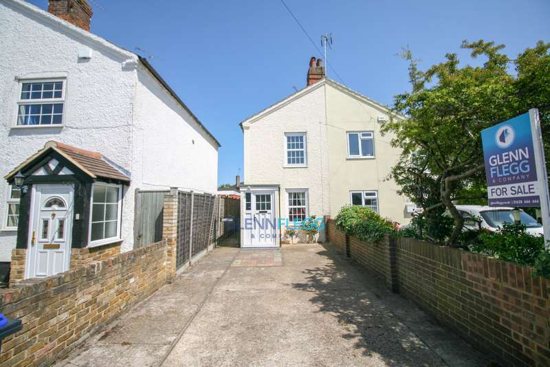 3 Bedrooms Semi Detached House for sale in Burnham NO ONWARD CHAIN