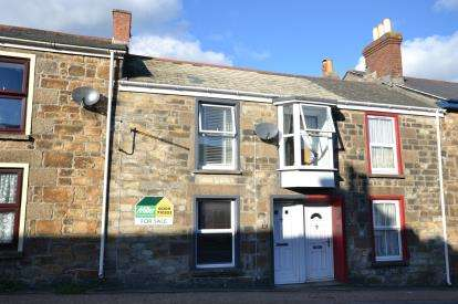 3 Bedrooms Terraced House for sale in Tuckingmill, Camborne, Cornwall