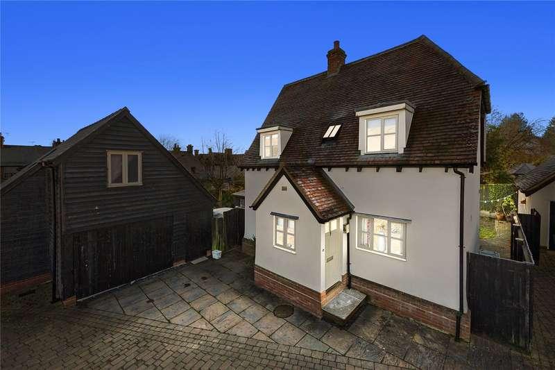 3 Bedrooms Detached House for sale in Bradford Street, Bocking, Essex, CM7