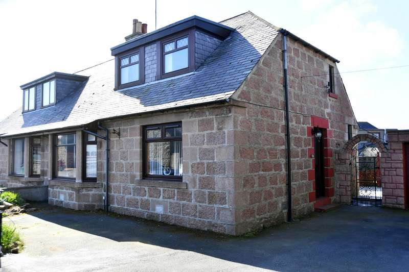 3 Bedrooms Semi Detached House for sale in Dingwall Street, Fraserburgh, AB43