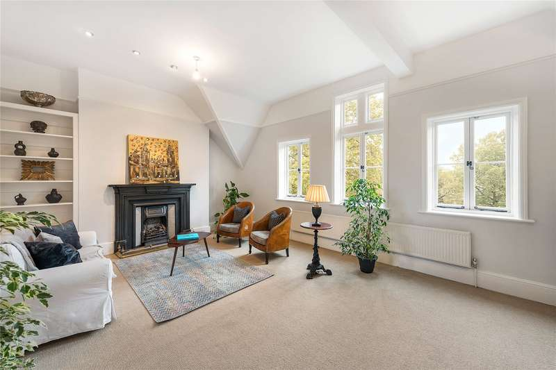 3 Bedrooms Flat for sale in Overstrand Mansions, Prince Of Wales Drive, London, SW11