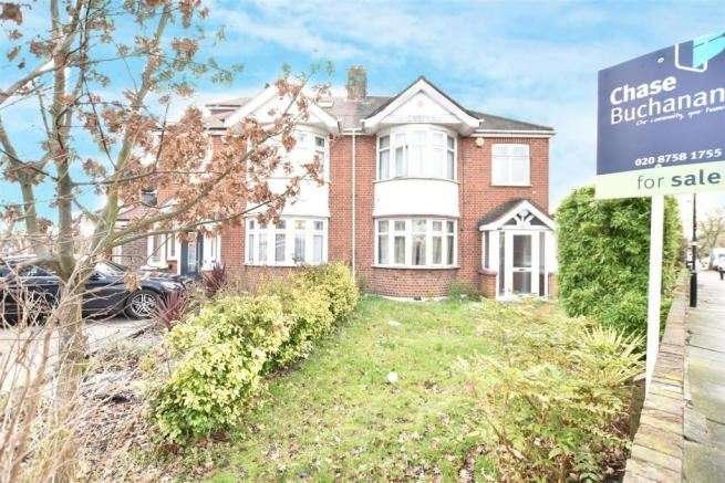 4 Bedrooms Property for sale in Harewood Road, Isleworth, London, TW7 5HB