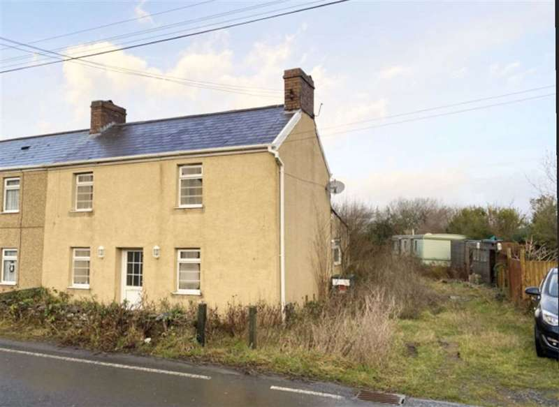 2 Bedrooms Semi Detached House for sale in Waun Cae Philip, Pinged, Pembrey