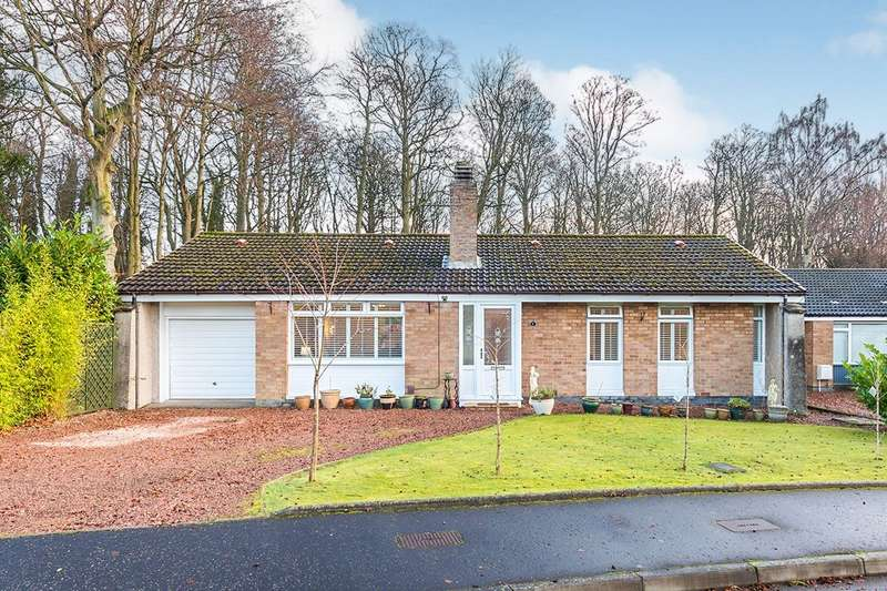3 Bedrooms Detached Bungalow for sale in Raith Crescent, Kirkcaldy, Fife, KY2