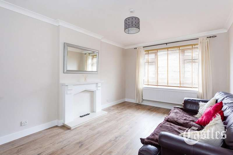 1 Bedroom Flat for sale in Holly Park Estate, Finsbury Park, London, N4