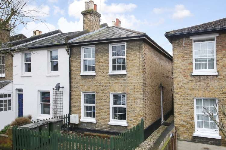2 Bedrooms End Of Terrace House for sale in Couthurst Road London SE3