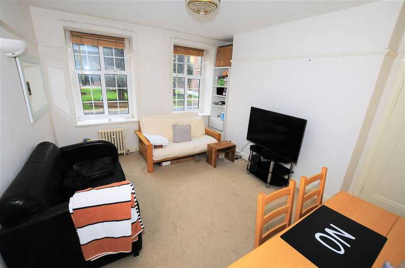 1 Bedroom Apartment Flat for sale in Heathfield Court, Chiswick