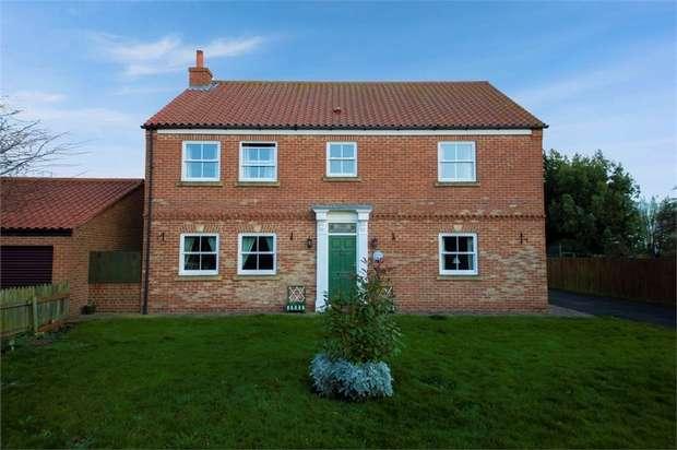 4 Bedrooms Detached House for sale in Cowpen Bewley Road, Billingham, Durham