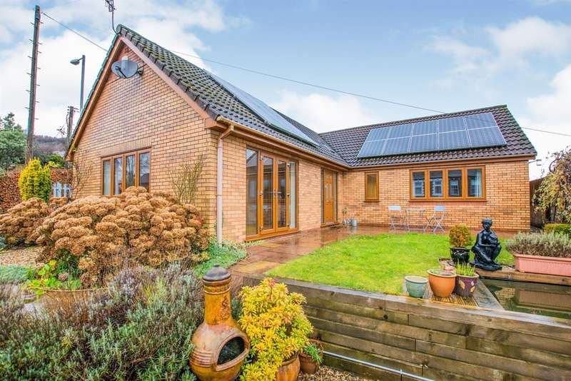 4 Bedrooms Detached Bungalow for sale in Tranch Road, Pontypool