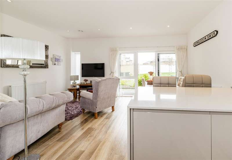 1 Bedroom Apartment Flat for sale in Hatton House, 81 Hartfield Road, Wimbledon
