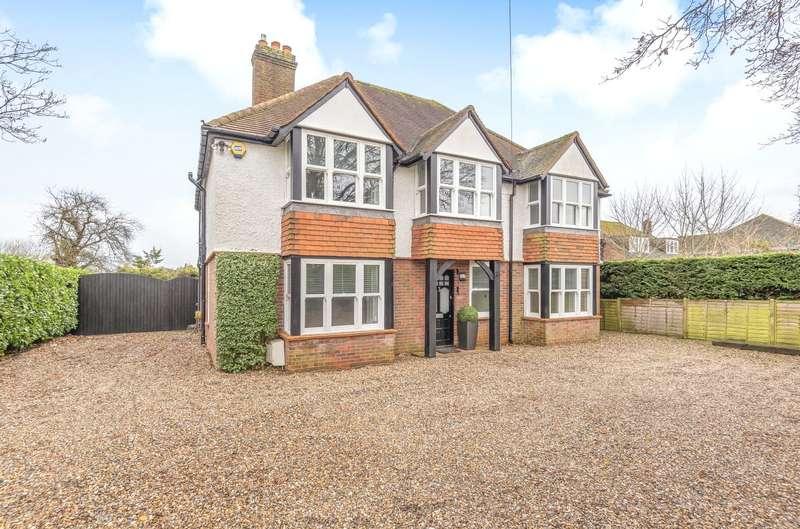 5 Bedrooms Detached House for sale in Denham Lane, Chalfont St. Peter, Gerrards Cross, Buckinghamshire, SL9