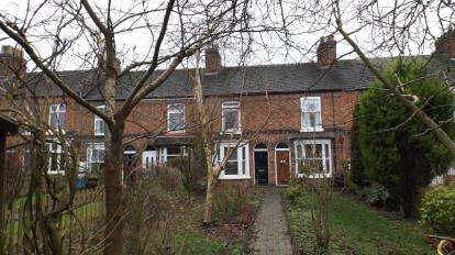 2 Bedrooms Terraced House for sale in North Crofts, Nantwich, Cheshire