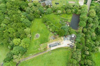 4 Bedrooms Equestrian Facility Character Property for sale in Sugar Lane, Bollington, Macclesfield, Cheshire