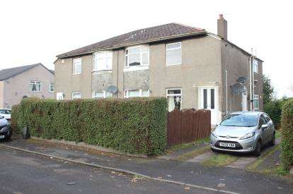 2 Bedrooms Flat for sale in Croftwood Avenue, Glasgow