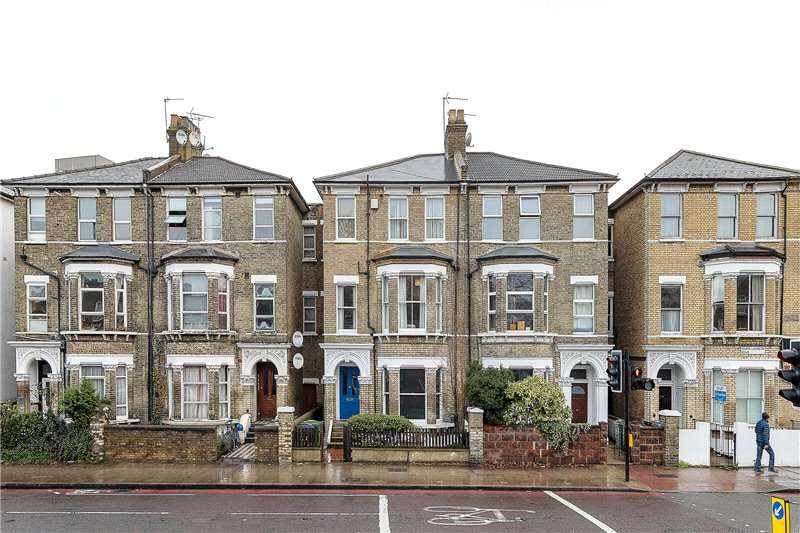 2 Bedrooms Flat for sale in South Lambeth Road, Stockwell, London, SW8