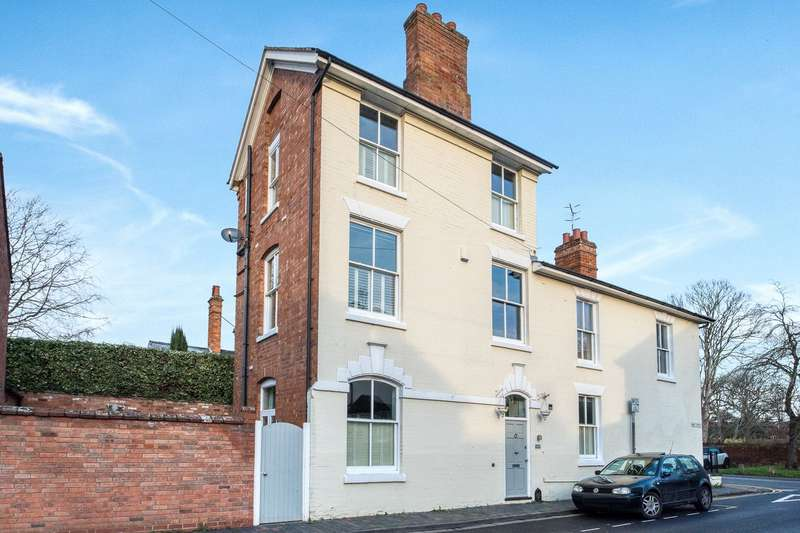 4 Bedrooms Semi Detached House for sale in West Street, Stratford-upon-Avon, Warwickshire, CV37