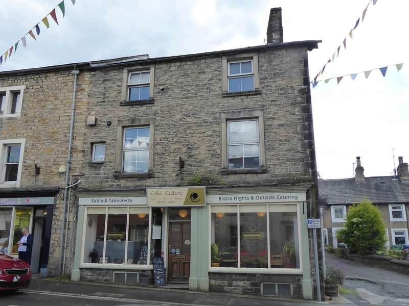 4 Bedrooms Town House for sale in 37 Main Street, Bentham
