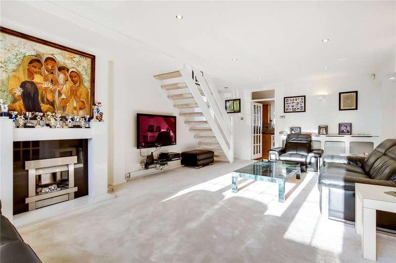 4 Bedrooms Detached House for sale in Badgers Copse, Worcester Park, KT4