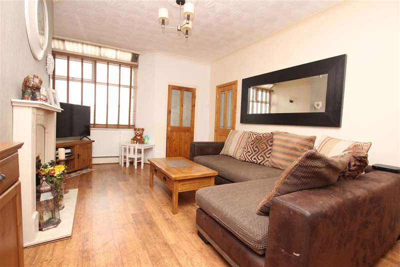 2 Bedrooms Terraced House for sale in Sudell Road, Darwen, BB3 3JA