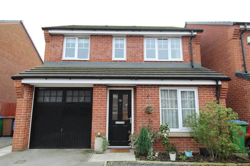 3 Bedrooms Detached House for sale in Gort Way, Heywood, Greater Manchester, OL10