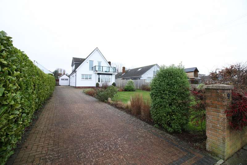 4 Bedrooms Detached House for sale in Smithies Avenue, Sully CF64