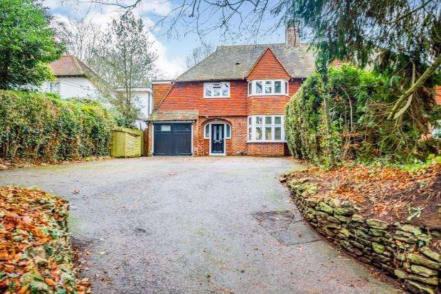 4 Bedrooms Semi Detached House for sale in Milford, Godalming, Surrey