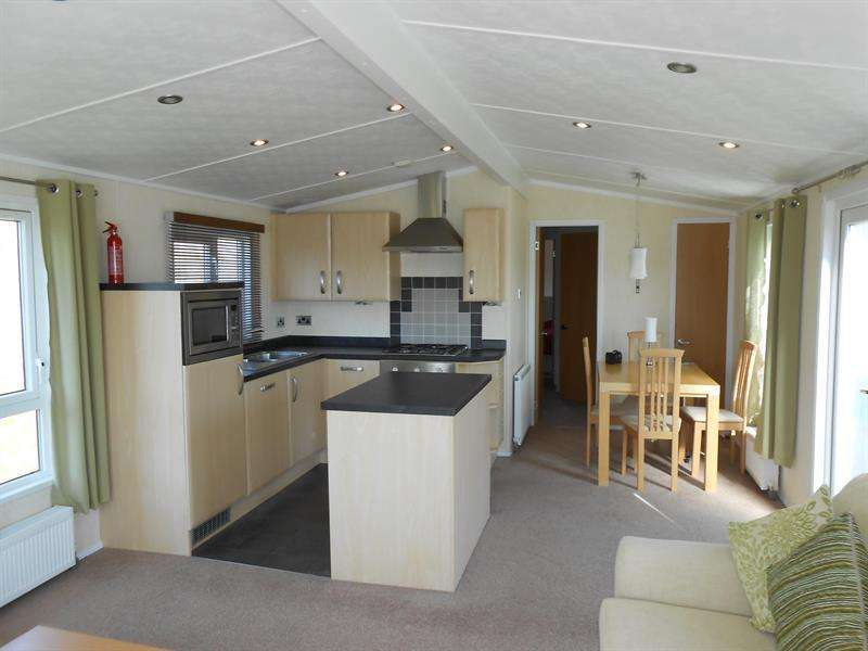 2 Bedrooms Lodge Character Property for sale in Rosetta Holiday Park, Peeblesshire