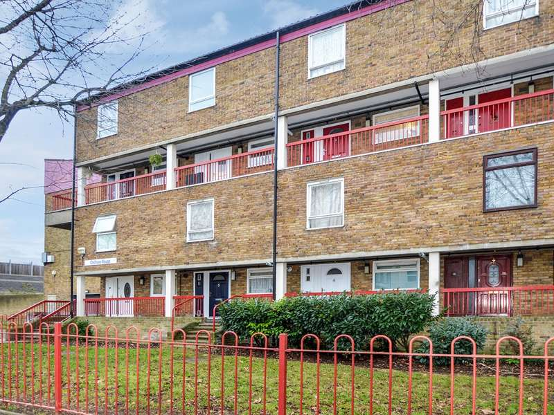3 Bedrooms Flat for sale in Lovelinch Close, South Bermondsey SE15