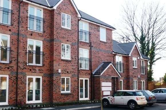 2 Bedrooms Flat for rent in Pepper Close, Sharston, Manchester