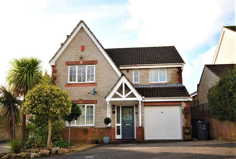 4 Bedrooms Detached House for sale in Hippisley Drive, Axbridge