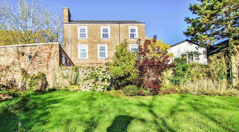 5 Bedrooms Detached House for sale in Cross Ash, Nr Abergavenny
