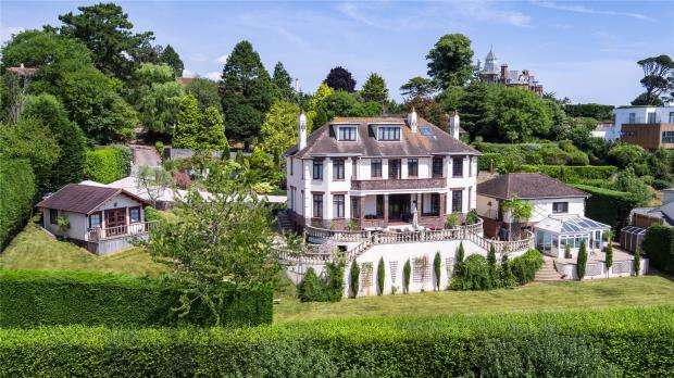 7 Bedrooms Detached House for sale in Meadow Road, Torquay, Devon