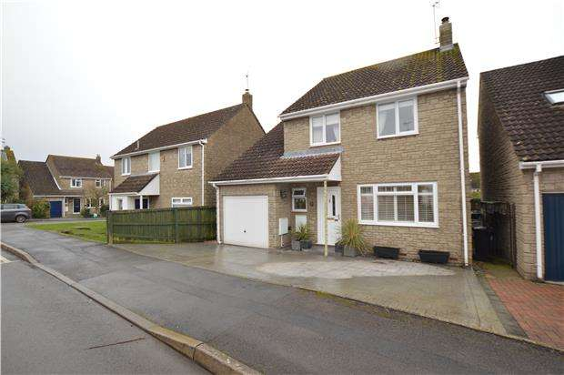 4 Bedrooms Detached House for sale in Inglestone Road, Wickwar, WOTTON-UNDER-EDGE, Gloucestershire, GL12 8NH
