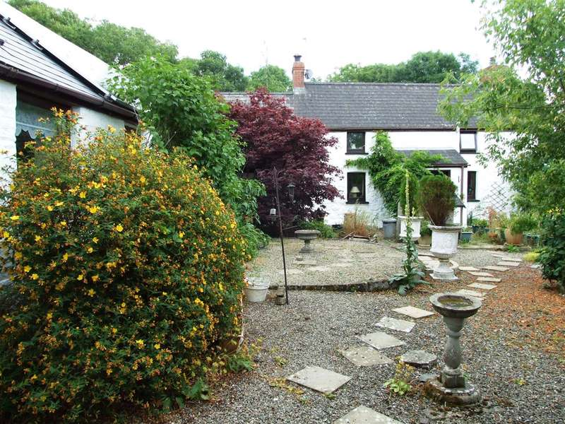 5 Bedrooms Smallholding Commercial for sale in Scourfield, Clarbeston Road, Haverfordwest