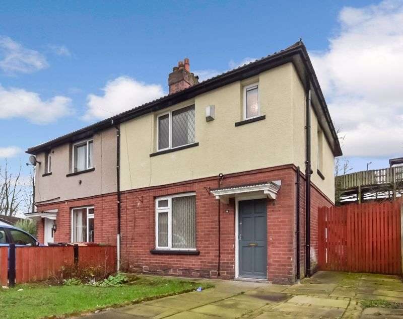 3 Bedrooms Property for sale in Valpy Avenue, Bolton