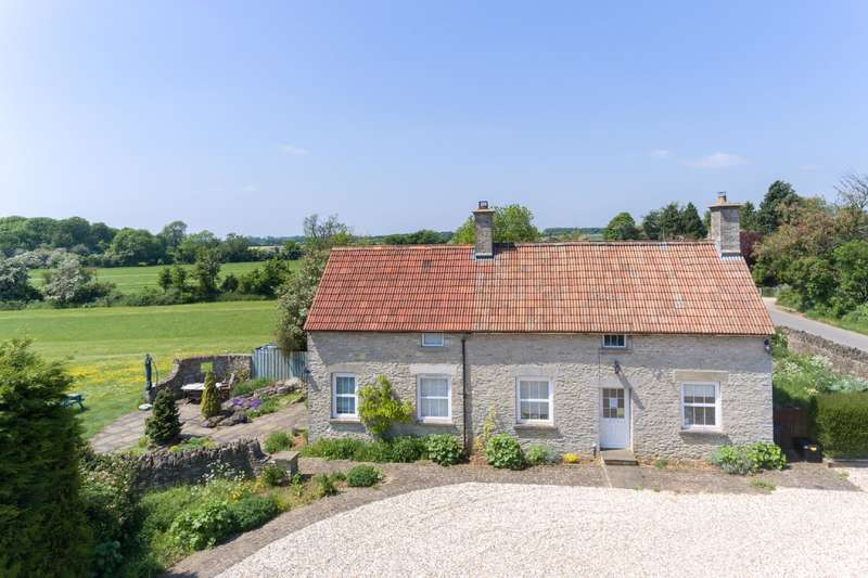 4 Bedrooms Cottage House for sale in Cortina Cottage, Fairford, Gloucestershire