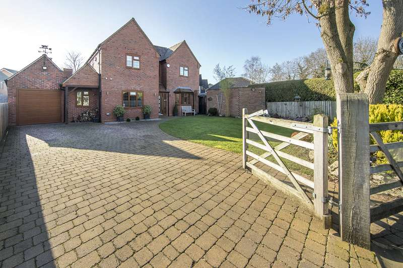 4 Bedrooms Detached House for sale in Four Ashes Road, Dorridge, Solihull, West Midlands, B93