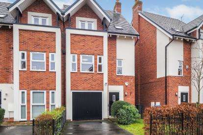 5 Bedrooms Semi Detached House for sale in Houseman Crescent, West Didsbury, Manchester, Gtr Manchester