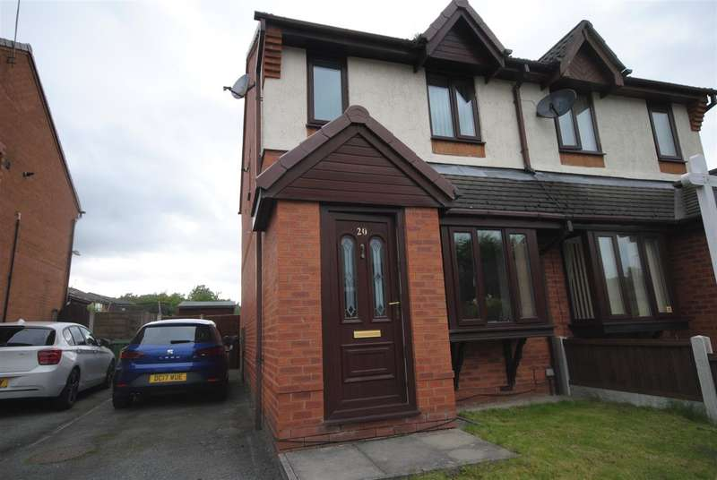 2 Bedrooms Semi Detached House for sale in Pennell Drive, Worsley Mesnes, Wigan