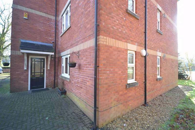 2 Bedrooms Apartment Flat for sale in The Parklands, Radcliffe, M26