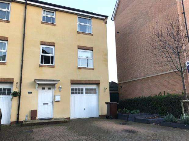 4 Bedrooms House for sale in Old College Walk, Portsmouth, Hampshire