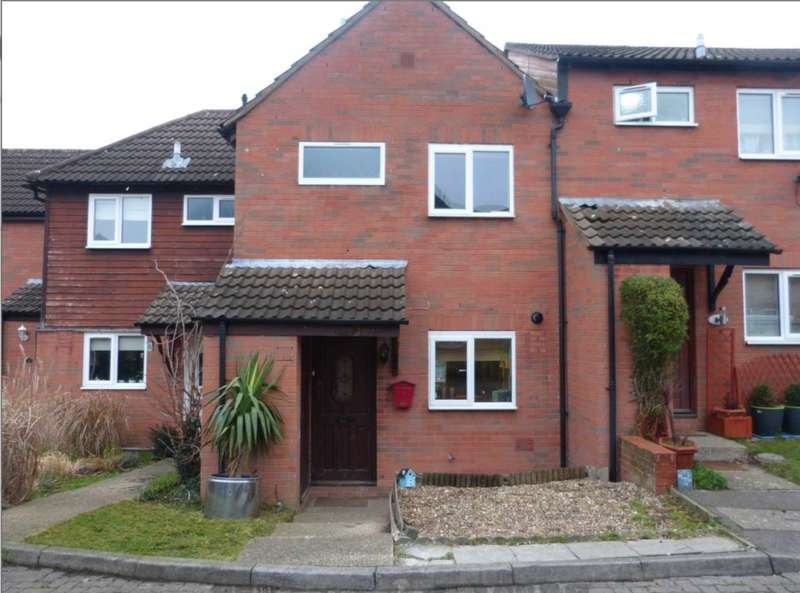 3 Bedrooms Terraced House for sale in Rodgers Close, Elstree