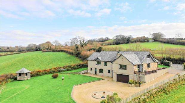 5 Bedrooms Detached House for sale in Pillaton, Saltash, Cornwall