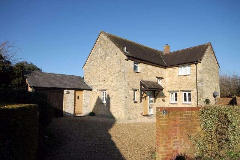 4 Bedrooms Property for sale in Spindlers, Kidlington