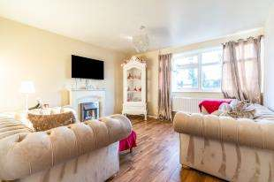 1 Bedroom Flat for sale in Homewood Court, Scott Avenue, Rainham, Gillingham