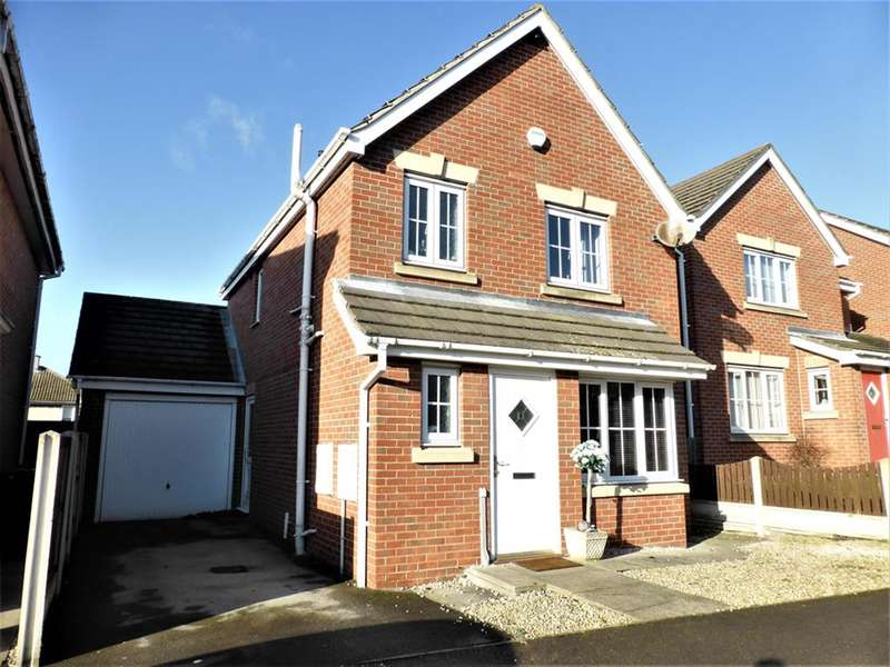 3 Bedrooms Detached House for sale in Pennyfields, Bolton Upon Dearne, Rotherham, S63 8EZ