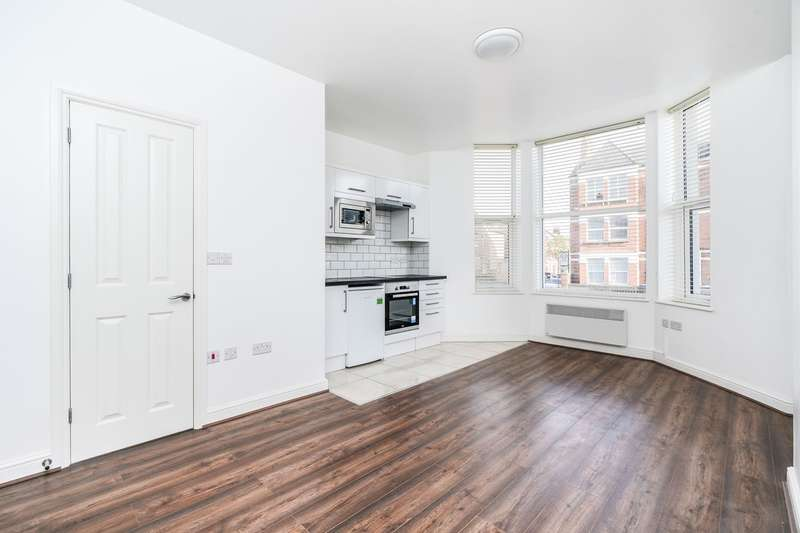 8 Bedrooms Block Of Apartments Flat for sale in Craven Park, London, NW10