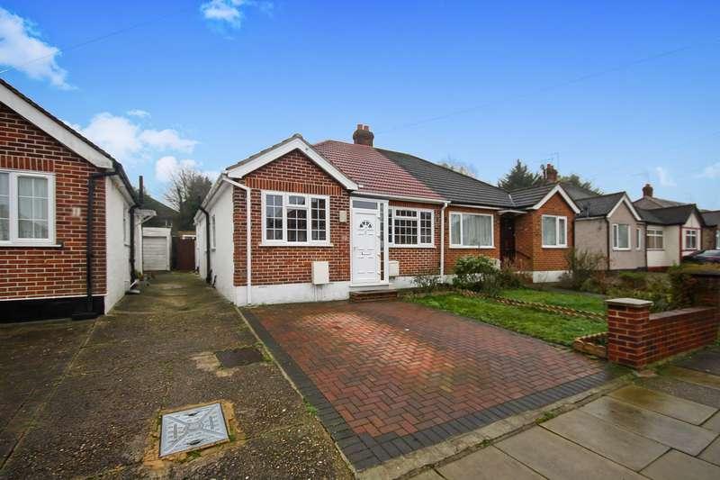 3 Bedrooms Property for sale in Sandown Way, Northolt